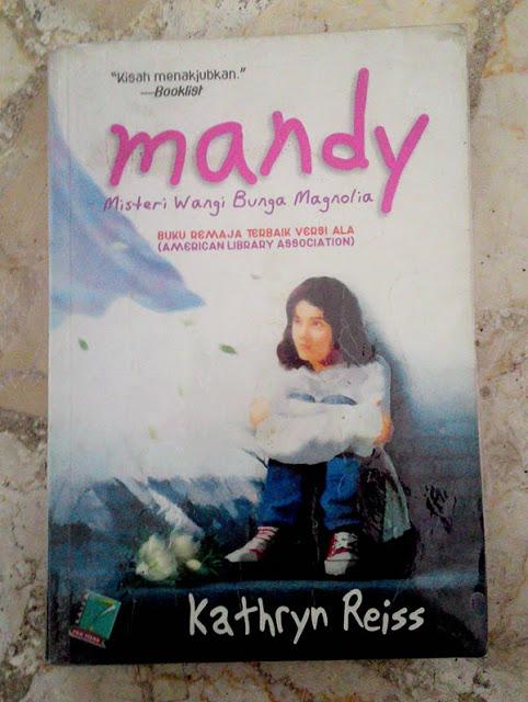 Mandy karya Kathyn Reis