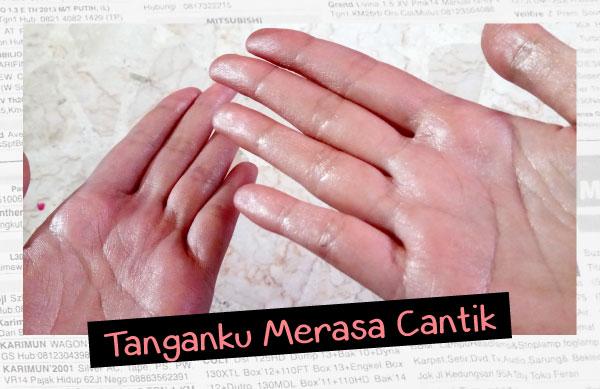 Tangan selepas memperbaiki Cosmetics Pallete