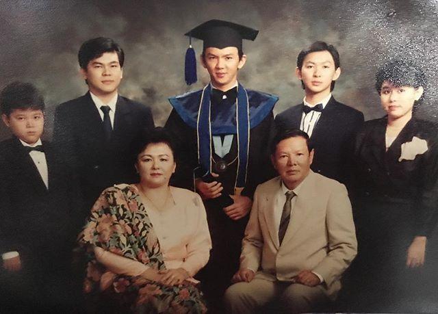 Keluarga besar ahok