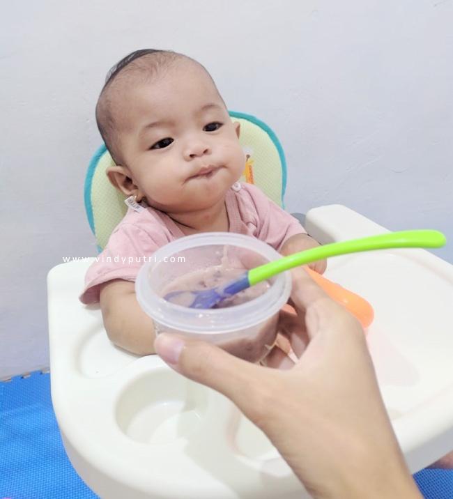 perkembangan-bayi-9-bulan